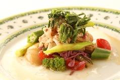 料理メニュー写真みる貝とお魚のエチュペ