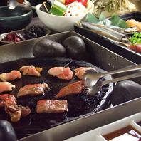 各テーブルにセットされている焼き『富士の天然石』