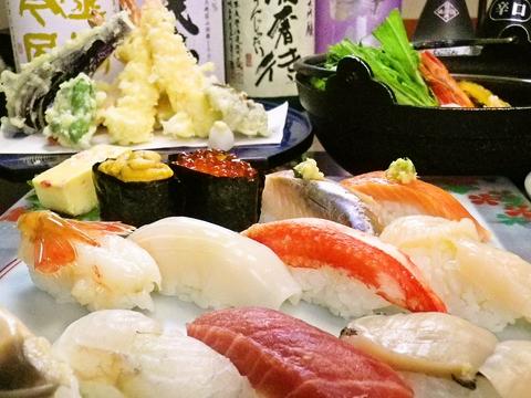旬の美味しい魚介類を、和の趣ある空間で堪能できる。積丹で人気の味を港町小樽で。