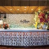 街中に突如、現れたリゾート空間!一歩店内に足を踏み入れるとピニャ・コラーダの香りが漂い、常夏のハワイを感じます♪ ※写真はイメージです。