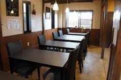 カフェレストラン アウトバースト&ポンタの雰囲気1