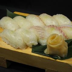 料理メニュー写真鯛の握り寿司