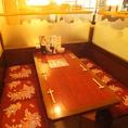 6名様用テーブルボックス席。