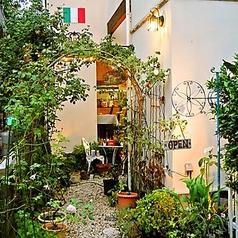 トラットリア:ピノーロの雰囲気3