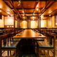 最大60名様まで利用可能なテーブル席です。広々としたお席が人気!