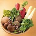〈瑞々しい新鮮野菜も楽しめる◎〉野菜も満喫できるFUNEYA。滋賀県内の農家から、豊かな自然の中、すくすくと育った新鮮野菜を定期的に仕入れております!サラダや腕によりをかけて作る創作の一品でお楽しみください◎