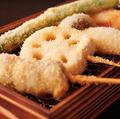 料理メニュー写真串揚げ盛り12種