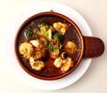 料理メニュー写真シーフードとブロッコリーのトマト・アヒージョ‐バケット付‐
