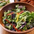 料理メニュー写真ビストロンオリジナル健康サラダ