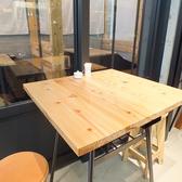 窓際のテーブル席★