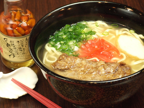 三沢でゆんたくするなら「ちゅら亭」で!うちなータイムと本格沖縄料理が味わえる★