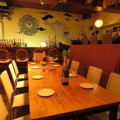2名~最大18名のテーブル席は普段使いはもちろん、女子会や送別会、歓迎会など様々なシーンでご利用いただけます。