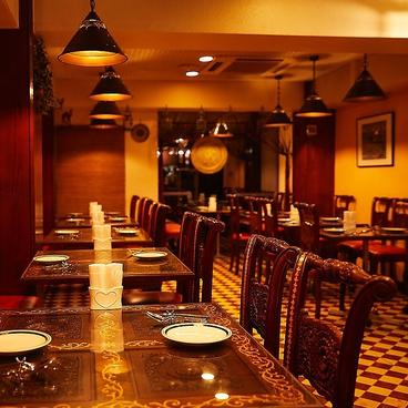 アナム 本格インド料理 銀座店の雰囲気1