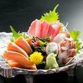 新鮮な海鮮もおすすめ!お刺身3点盛り合わせ1080円(税抜)