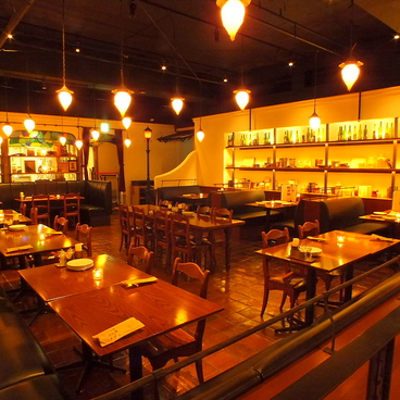 カフェ ラ ボエム Cafe LA BOHEME G-Zone銀座の雰囲気1