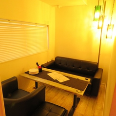 半個室になりますがプライベート空間もばっちりご用意しております♪反個室は1席となります。半貸切で10~15名の半個室をお作り出来ます♪