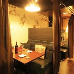 ワインと低温調理肉のビストロ CUReHA クレハの雰囲気1