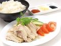 料理メニュー写真ハイナン風チキンライス / スープチキンカレーライス