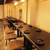 仕事帰りやお友達との飲み会におすすめのテーブル席。お気軽に岐阜料理をお楽しみ頂けます。テーブルを合わせれば最大20名様の宴会も可能です。