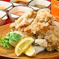 料理メニュー写真Yukke'nのフライドチキン 5種のディップ付