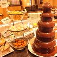 お子様に大人気!チョコレートファウンテン★マシュマロ・フルーツなどお好きなネタにたっぷりチョコを♪