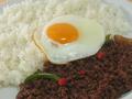 料理メニュー写真牛肉のガパオ炒めご飯