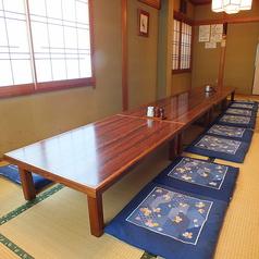 大人数での宴会が可能なお部屋は真ん中で仕切れば2組の宴会ができます!(最大20名様まで、少人数からもご相談承ります)