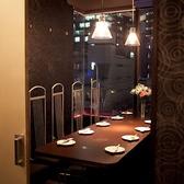 夜景がきれいな個室席もご用意しております。お洒落な空間の中、美味しいお料理とお酒を飲みながら、楽しいひと時をお過ごしください♪