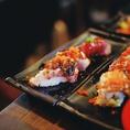 【彩り鮮やかな肉寿司の食べ放題コース】ジューシーな低温調理のお肉を華やかに!!コスパも大満足人気の一品です