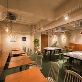 T4 CAFE NAMBAの雰囲気2