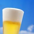 楽蔵ではピルスナー・ジョッキで楽しめる生ビールと各ブランドの瓶ビールを取り揃えております。瓶ビールは、洗練されたクリアな味・辛口のアサヒ スーパードライ、端正で軽快な味わいのキリン 一番搾り、しっかりとしたコク・まろやかな味わいのサッポロ エビスをご用意。お好みのビールを是非お楽しみください♪