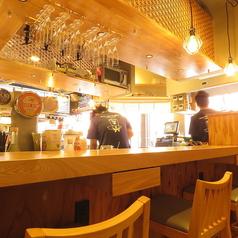 しげ吉 横浜西口の雰囲気1