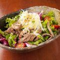 料理メニュー写真牛タンチョレギサラダ