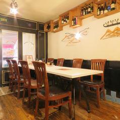 貸切にも対応!テーブルをくっつけて、最大30名様までご宴会可能です♪※喫煙はテラス席のみです。