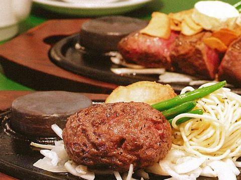 黒毛和牛一頭買いで安い!話題の熟成肉が楽しめるステーキ店