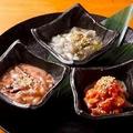 料理メニュー写真三種珍味の盛り合わせ