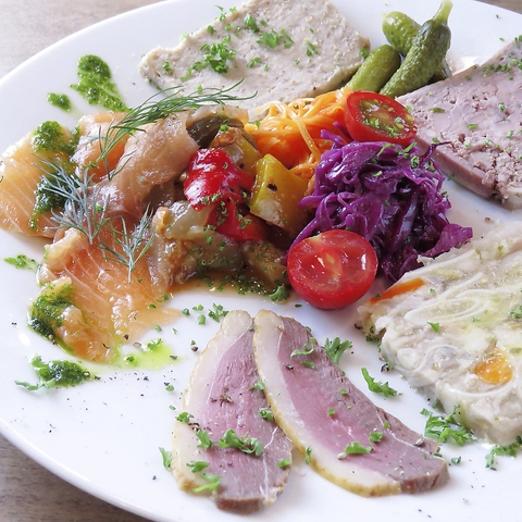 フランス食堂 トロワシャトー
