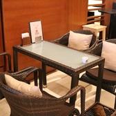SMILE COFEE(スマイルコーヒー)では各種テーブル席をご用意しております。