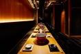 テーブル席の椅子の下に、お洋服やお荷物を収納できます。≪赤坂・赤坂見附・六本木≫周辺でコスパ◎で【女子会/接待/デート/宴会/歓送迎会】に最適なお座席をご用意しております!