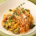 料理メニュー写真赤海老のトマトクリームパスタ