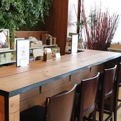 SMILE COFEE(スマイルコーヒー)では各種カウンター席をご用意しております。