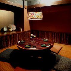 4-6名様用、人気の円卓テーブル個室★塩梅 五反田店