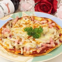 ベーコン&茸のピザ