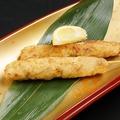 料理メニュー写真麓鶏もも串/皮串/せせり串/手羽炙り焼き/つくね串