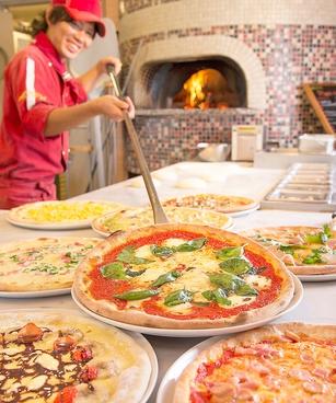 ピッツェリアマリノ バンビーナ メイカーズピア店の雰囲気1
