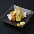 料理メニュー写真竹輪サラダ