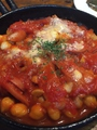 料理メニュー写真ミックスビーンズのトマトソース焼き