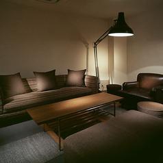 4名様~10名様まででご利用頂ける落ち着いた雰囲気の個室。