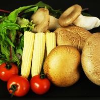 野菜も産地にこだわり有。