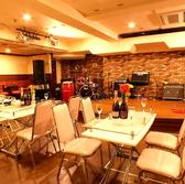 立食でも着席でもお席タイプを自由に組み合わせられます。女子会や誕生日サプライズ、貸切パーティーなどに♪飲み放題も充実!着席70名、立80名、計150名